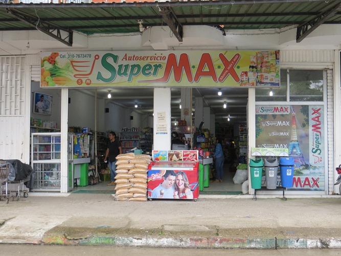 Autoservicio SuperMax