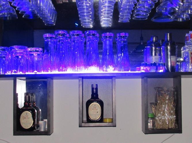 Bar Blue Martini