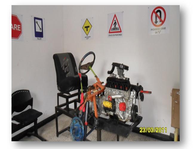 Escuela Nacional de Automovilismo